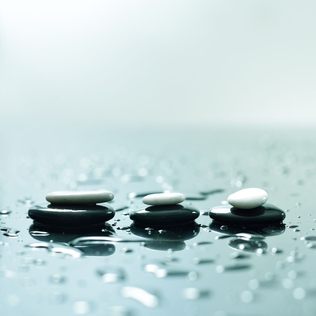 three pebbles in water london acupuncture centre